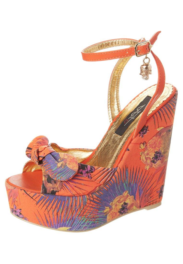 Sandales compensées fleurs Iron Fist
