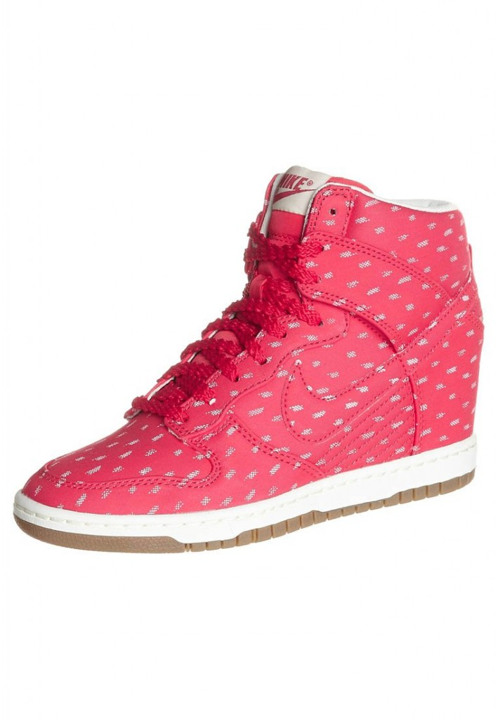 Baskets Dunk Sky High Nike Rose