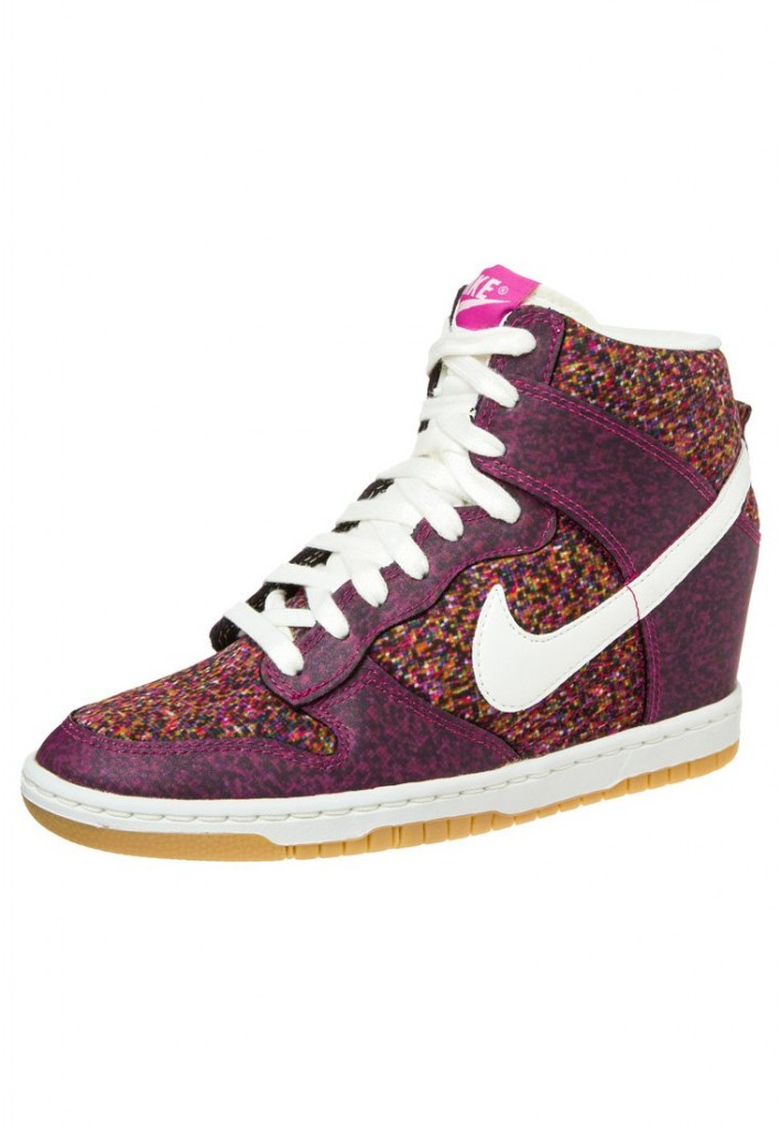 Baskets Nike Dunk Sky High rose violet