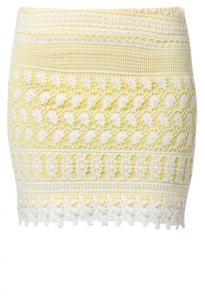 Mini jupe jaune avec dentelle Vila