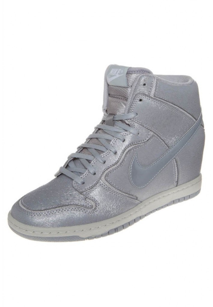 Nike Dunk Sky Hi Cut Out argent