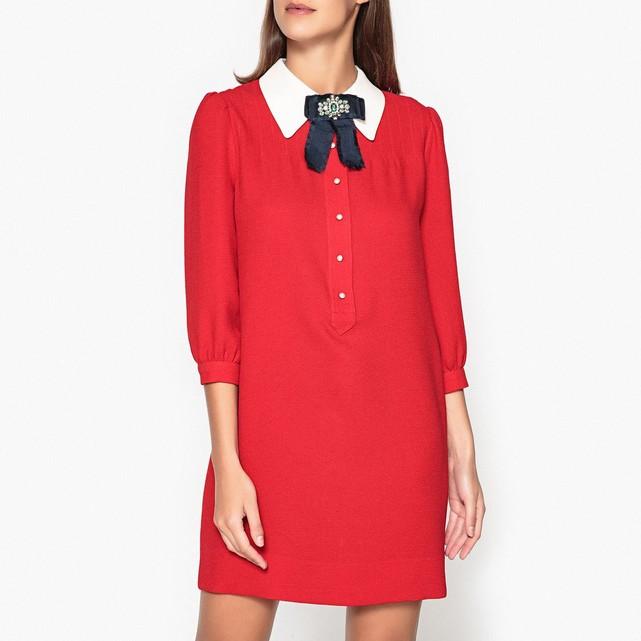 Robe droite grand col rouge Essentiel Antwerp
