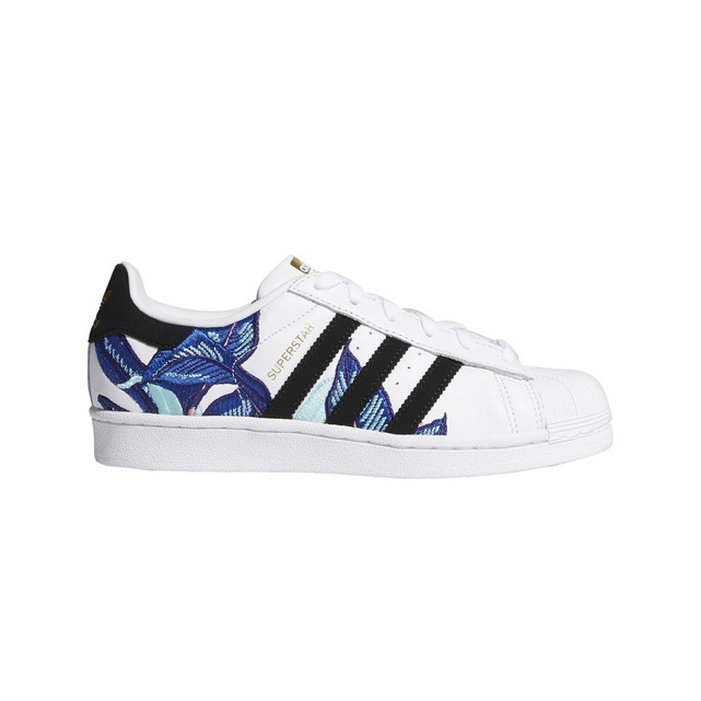Baskets femme Adidas Originals Superstar broderies fleurs