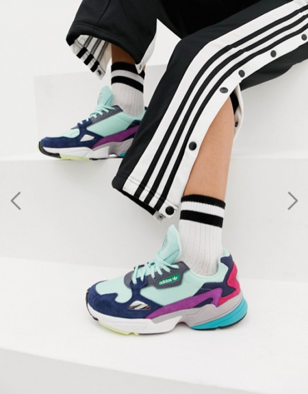 Baskets femme Adidas originals Falcon multicolore