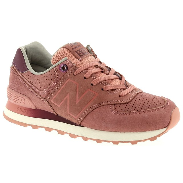 Baskets femme New Balance rose gris 574 velours